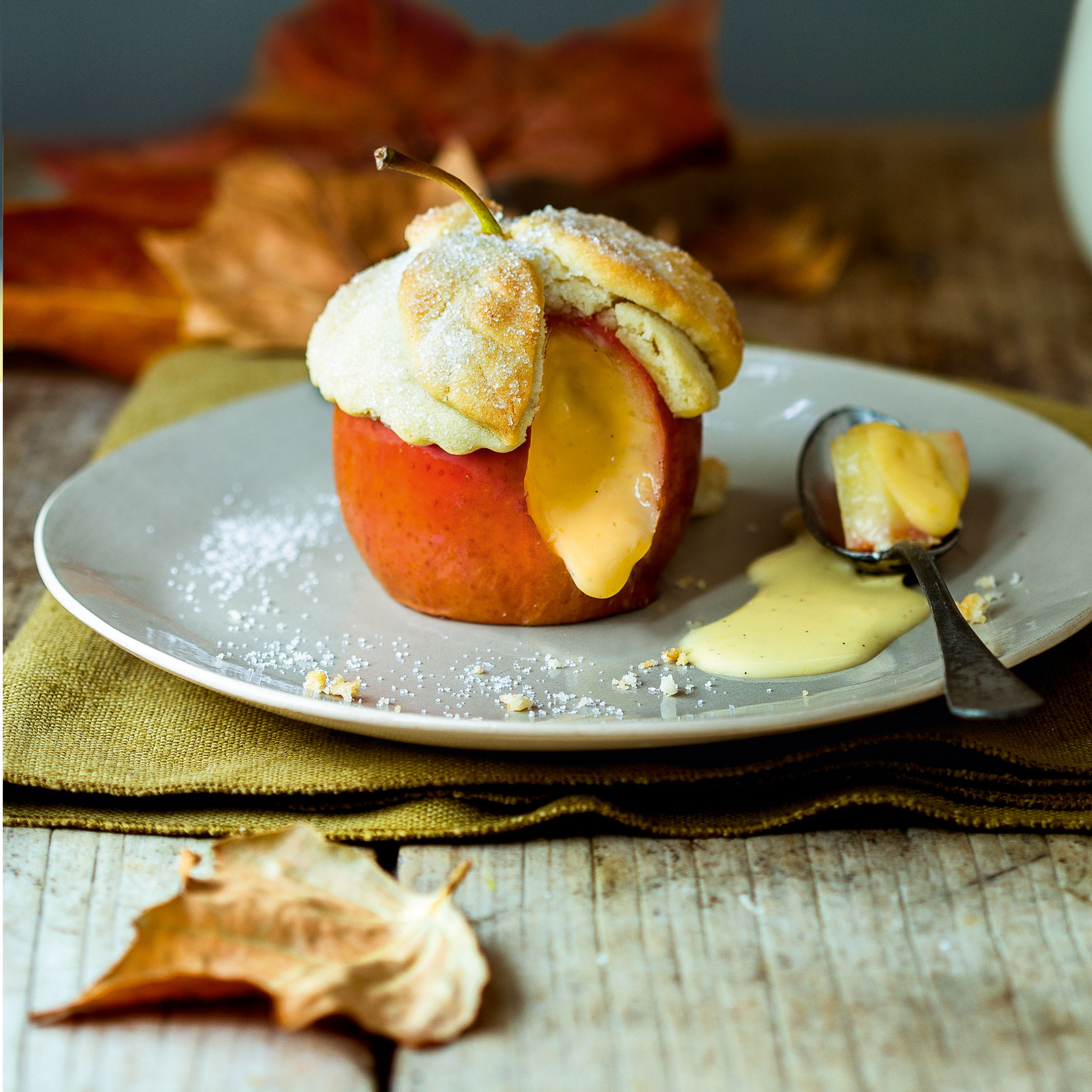 Baked apple and custard pies