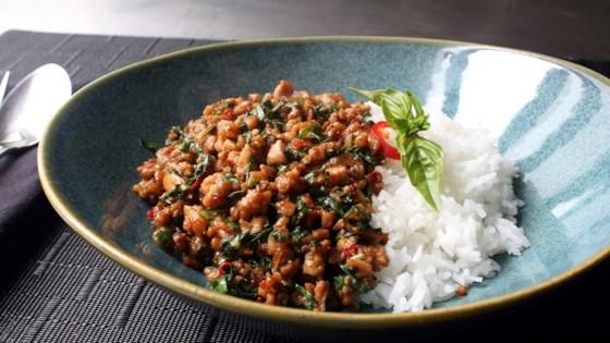Spicy Thai Basil Chicken (Pad Krapow Gai) Recipe
