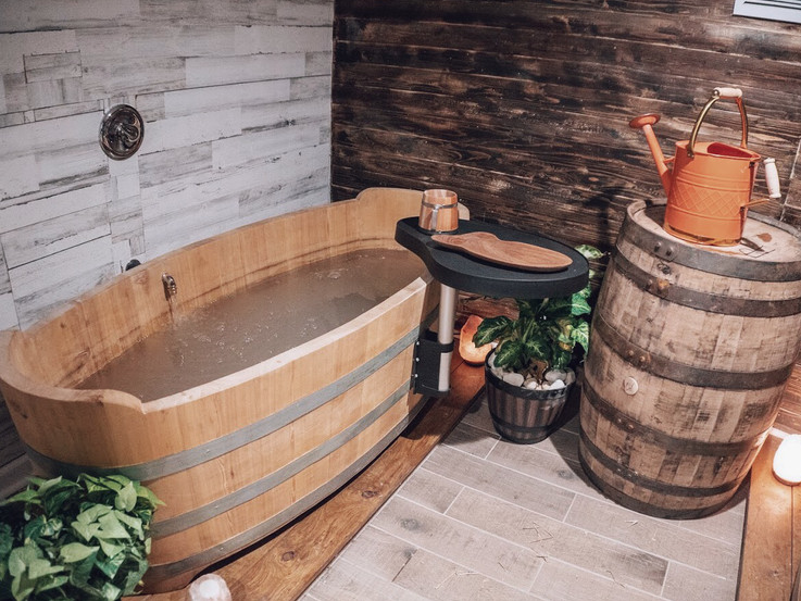 This Beer Spa Claims Soaking in Suds Is Great for the Skin