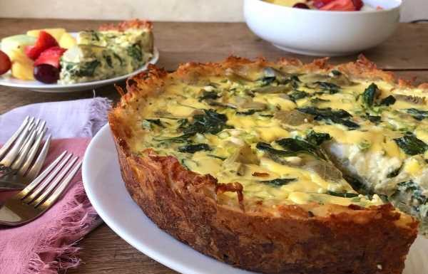 Spinach-Artichoke Quiche With Cheesy Hash Brown Crust