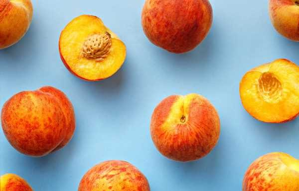 5 Tips for Picking, Storing, and Enjoying Fresh Peaches