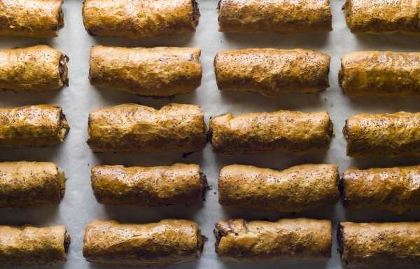 New Yorkers Are Lining Up Around the Block for This Sausage Roll