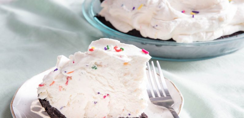 No-Churn Vanilla Ice Cream Pie Recipe