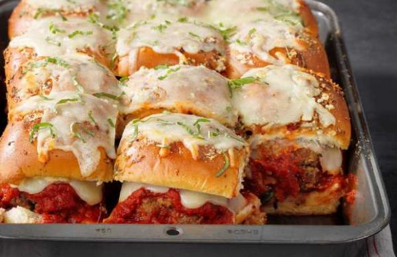 Cheesy Meatball Sliders