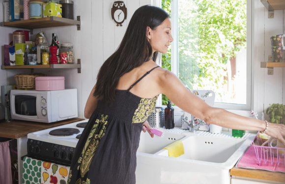 9 Little Chores You Need to Do Now Before Summer Ends