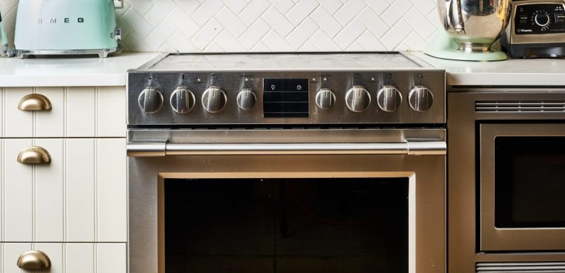 The Top 10 Ways to Make Your Oven Cleaner (and Just Way Better)
