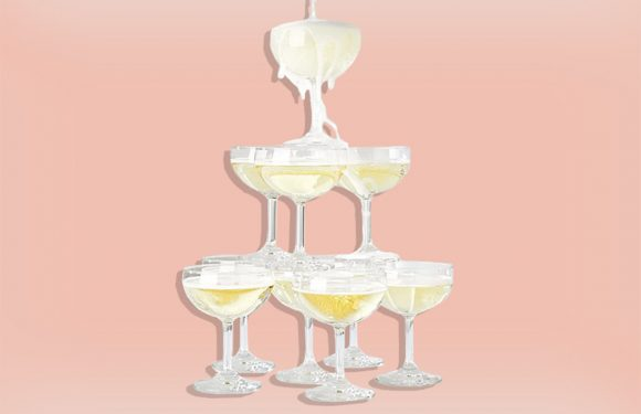 11 Beautiful Glasses Perfect for Celebrations