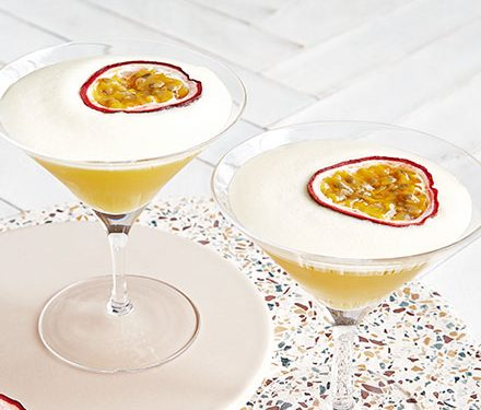 Alcohol-free passion fruit martini