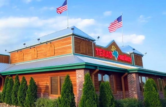 Texas Roadhouse CEO Gives Up His 2020 Salary, But Is It Enough?
