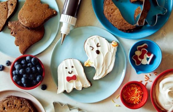 Kids Can Make: Halloween Cocoa Ghost Pancakes