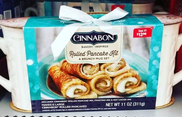 Cinnabon Has A Rolled Pancake Kit For The Ultimate Christmas Breakfast