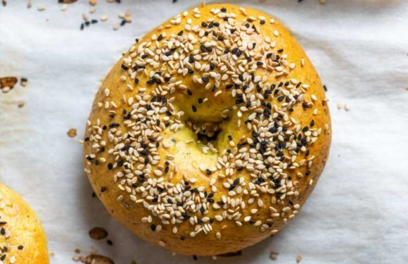 Ka'ak With Za'atar, Turmeric, and Nigella Seed Recipe