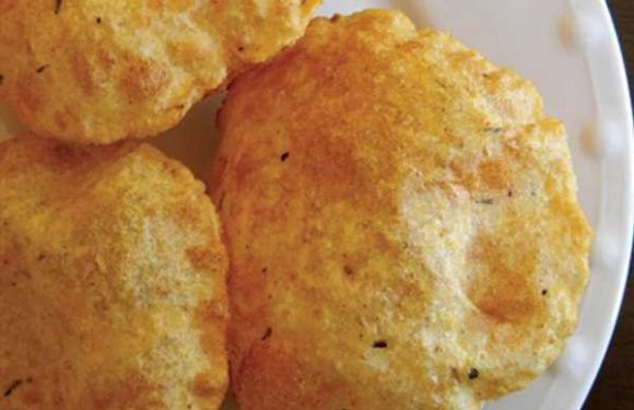 Masala Poori from Roti: 40 Classic Indian Breads Sides