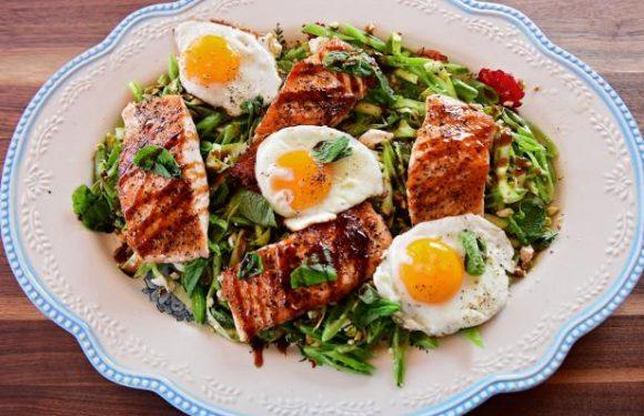 Lemony Salmon and Asparagus Salad