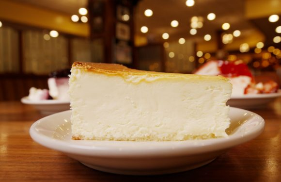 I Tried Every Cheesecake From Junior's Cheesecake And These 8 Were The Best