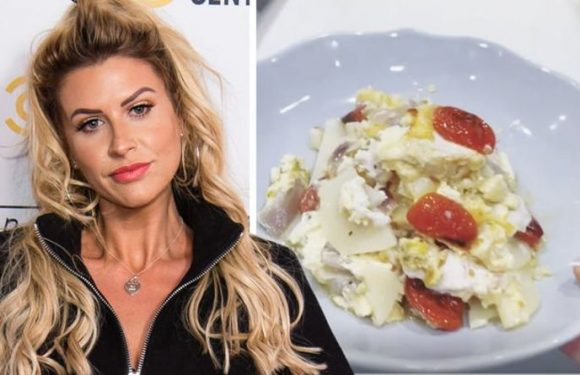 Mrs Hinch's bizarre dinner creation leaves fans stunned 'What meal is that?'