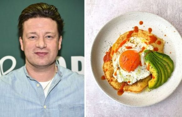 Jamie Oliver recipes: Chef shares how to make 'simple' pancakes in 10 minutes – 'fluffy!'